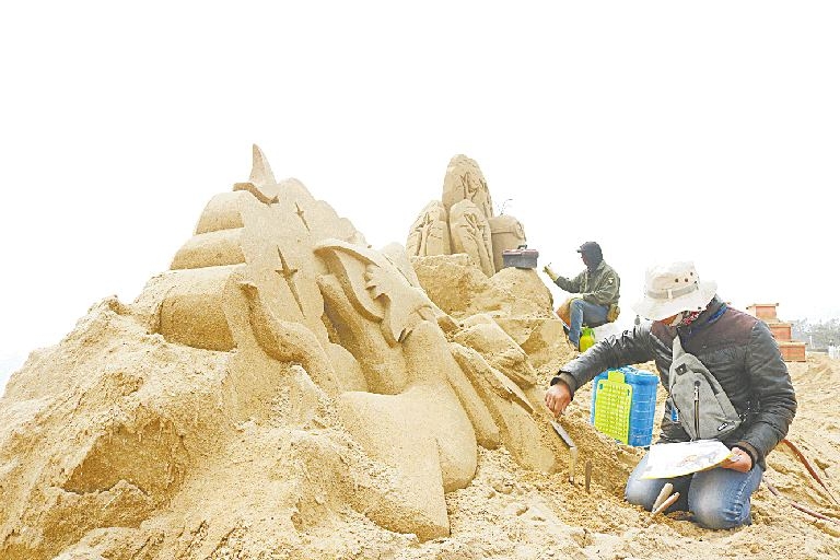 本届沙雕艺术展主要以儿童卡通动漫为主题,包含国产动画,记忆中的童话